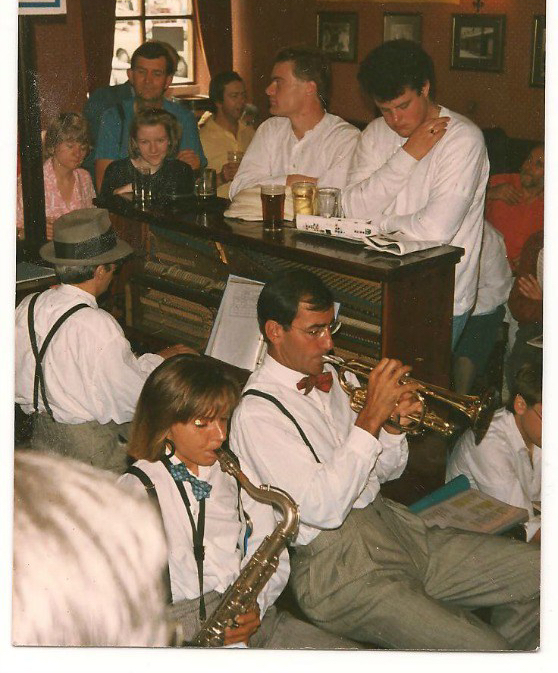 Edinburgh Jazz Festival - Hot Antic Jazz Band, (and Alison), Drones, 1987.jpg smaller