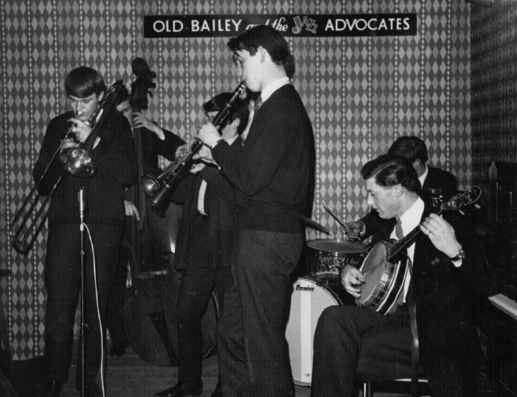 Mike Hart, banjo, 1965 at the Manhattan Club